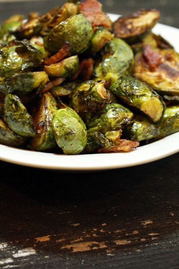 Roasted Balsamic Brussels Sprouts with Bacon – Cake 'n Knife