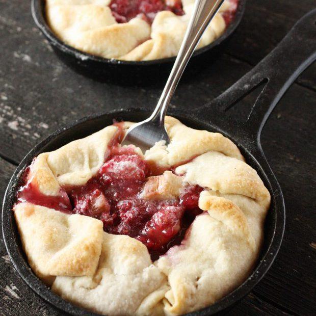 Raspberry Rhubarb Mini Tarts