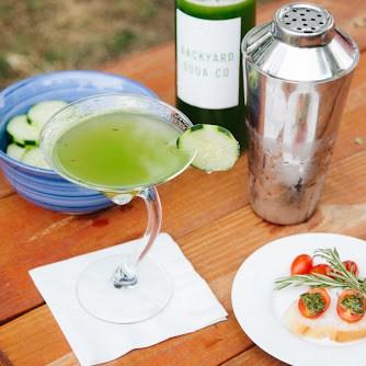 cocktailpic_backyardsoad