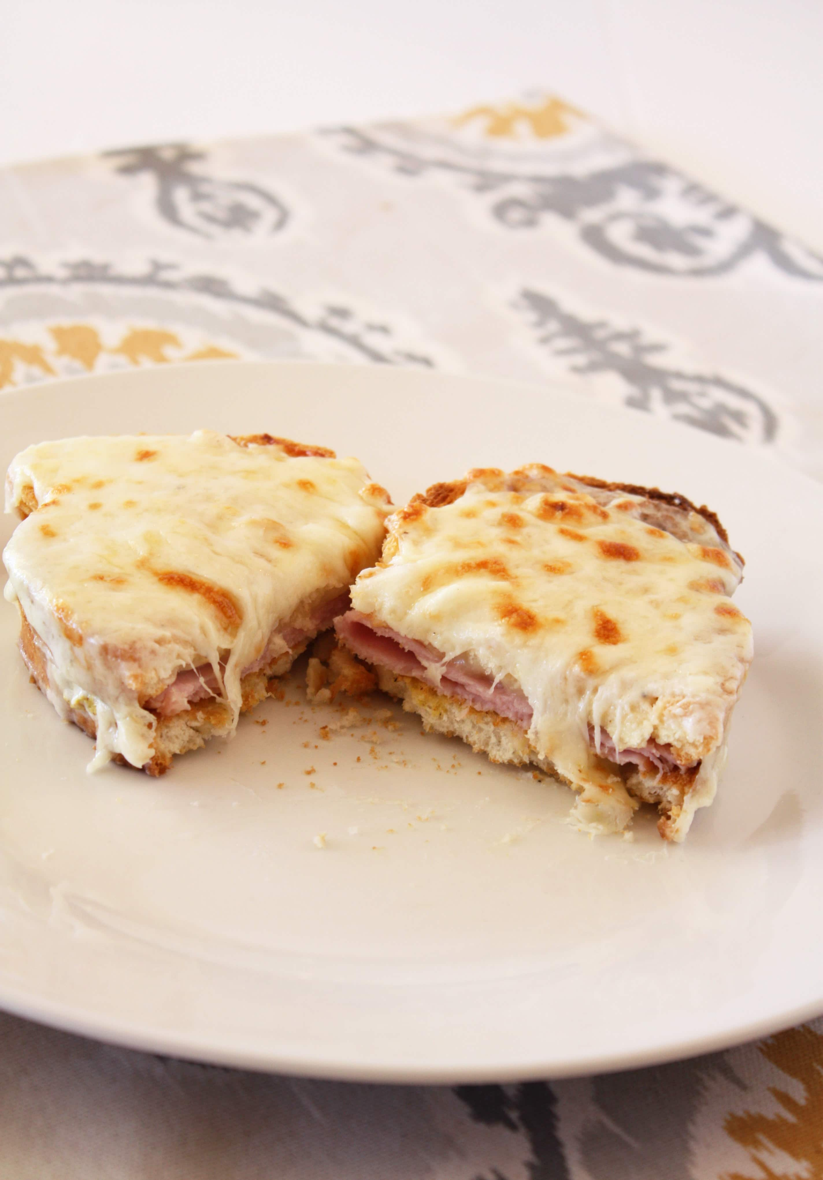 mastering global cooking french croque monsieur cake 39 n knife. Black Bedroom Furniture Sets. Home Design Ideas