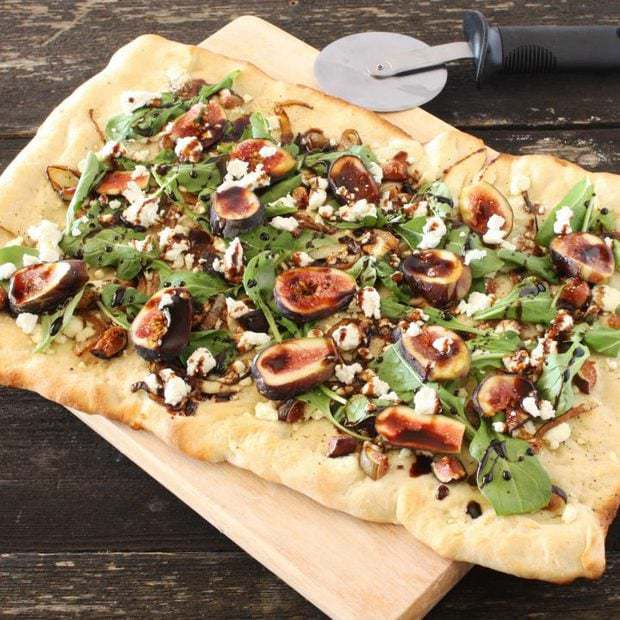 Fig, Goat Cheese, & Caramelized Onion Flatbread