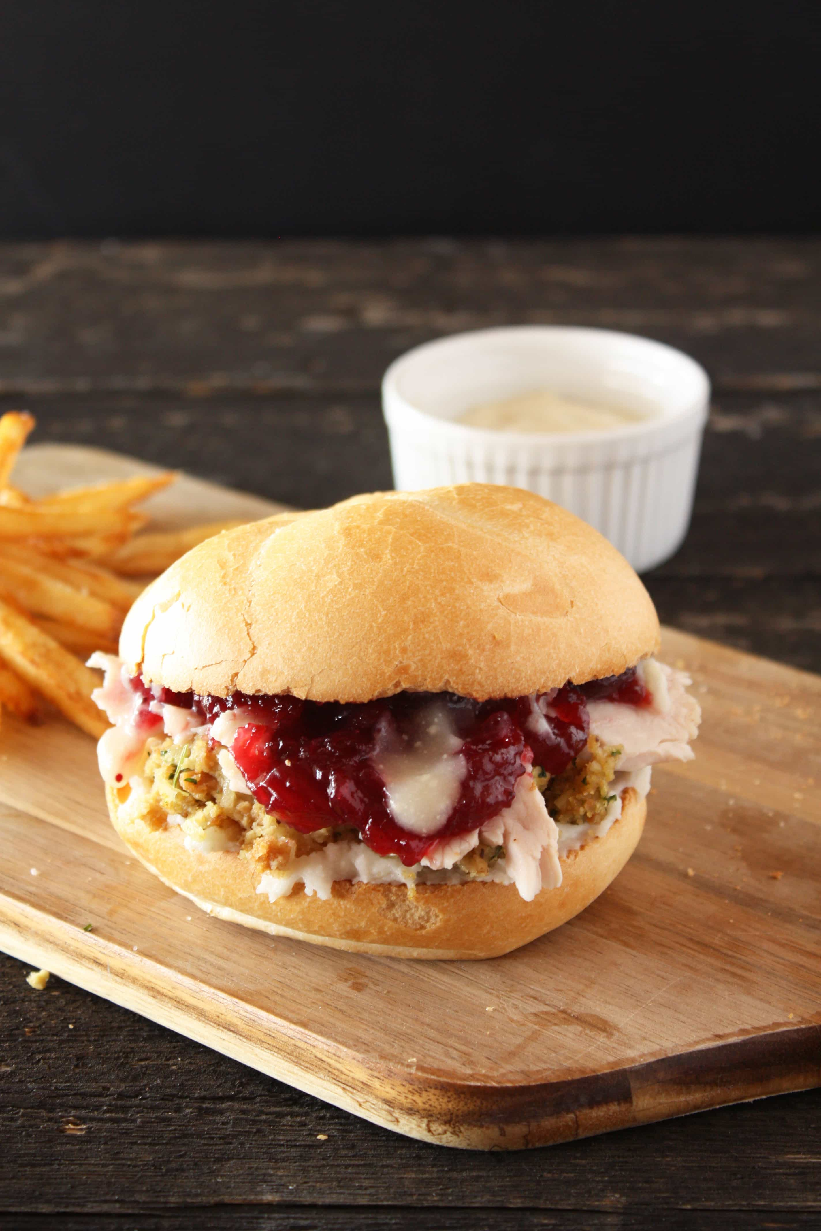 The ultimate thanksgiving leftovers sandwich cake 39 n knife for How to make leftover turkey sandwich