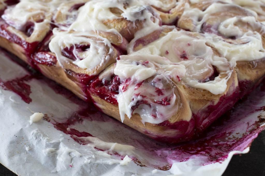 Raspberry Sweet Buns_2