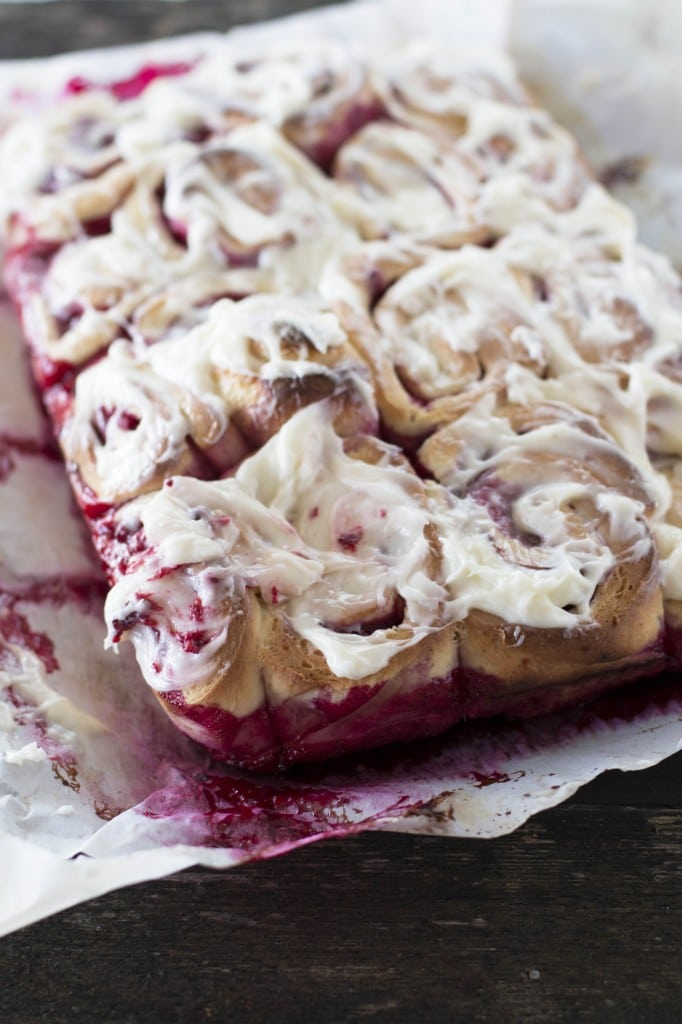 Raspberry Lemon Sweet Buns with Cream Cheese Frosting | cakenknife.com