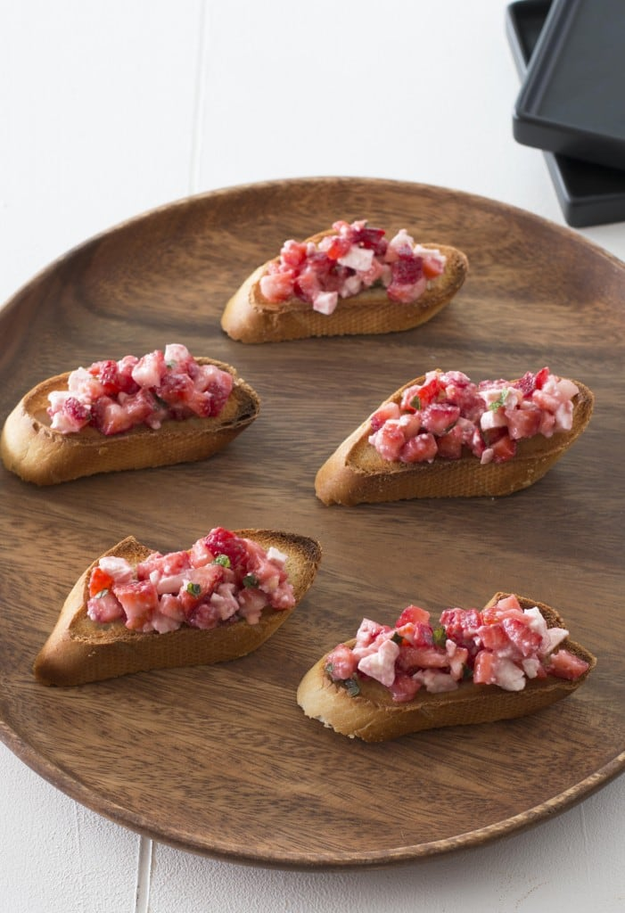 Strawberry Crostini_3