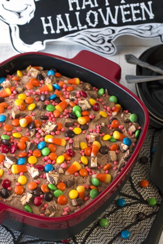 Halloween Candy Cake 3