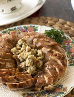 Beer Brined Turkey with Bacon Gravy | cakenknife.com #BlogsgivingDinner