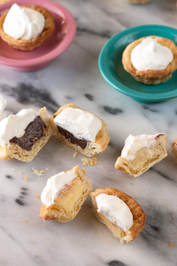 Mini Cream Pies with 3 fun flavors | cakenknife.com