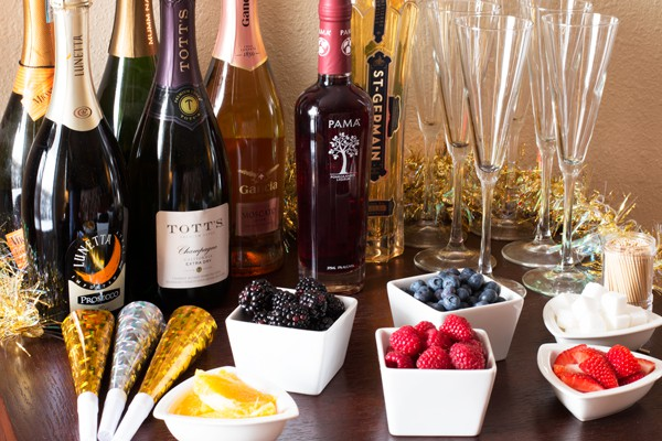Ultimate DIY Champagne Bar | cakenknife.com