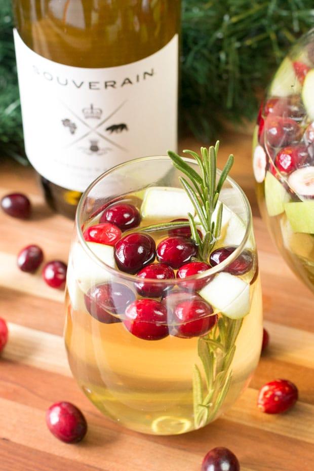 Christmas Sangria | cakenknife.com