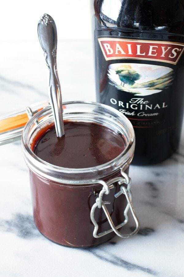 Bailey's Hot Fudge Sauce | cakenknife.com