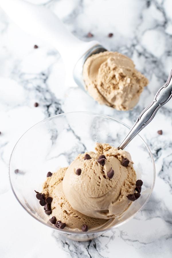 Cinnamon Coffee Ice Cream | cakenknife.com
