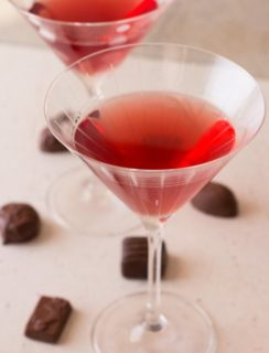 Ginger Pomegranate Martini (aka Love Potion #9) | cakenknife.com