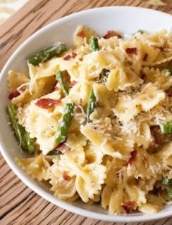 Creamy Brown Butter Farfalle with Asparagus and Crispy Prosciutto | cakenknife.com