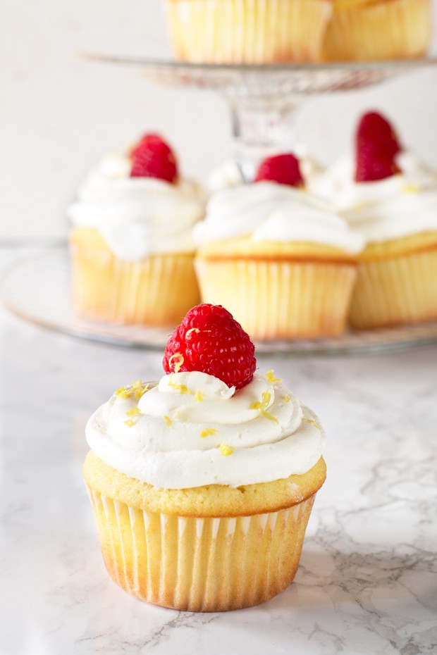 Lemon Raspberry Filled Cupcakes with White Chocolate