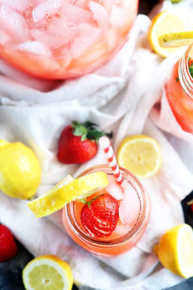 Overhead photo of vodka strawberry lemonade