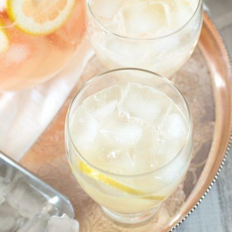 Boozy Grapefruit Sparkling Lemonade | cakenknife.com
