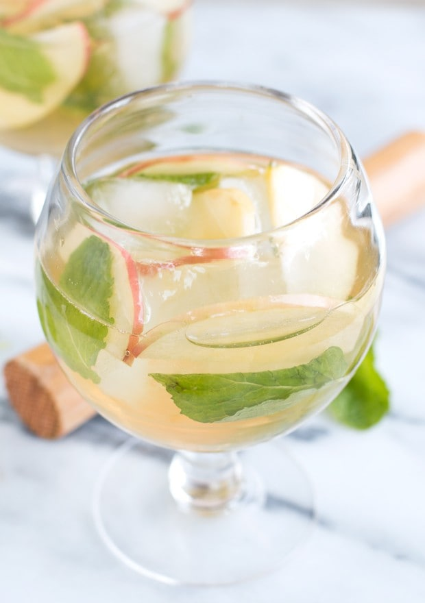 Apple Mojito Recipe | cakenknife.com