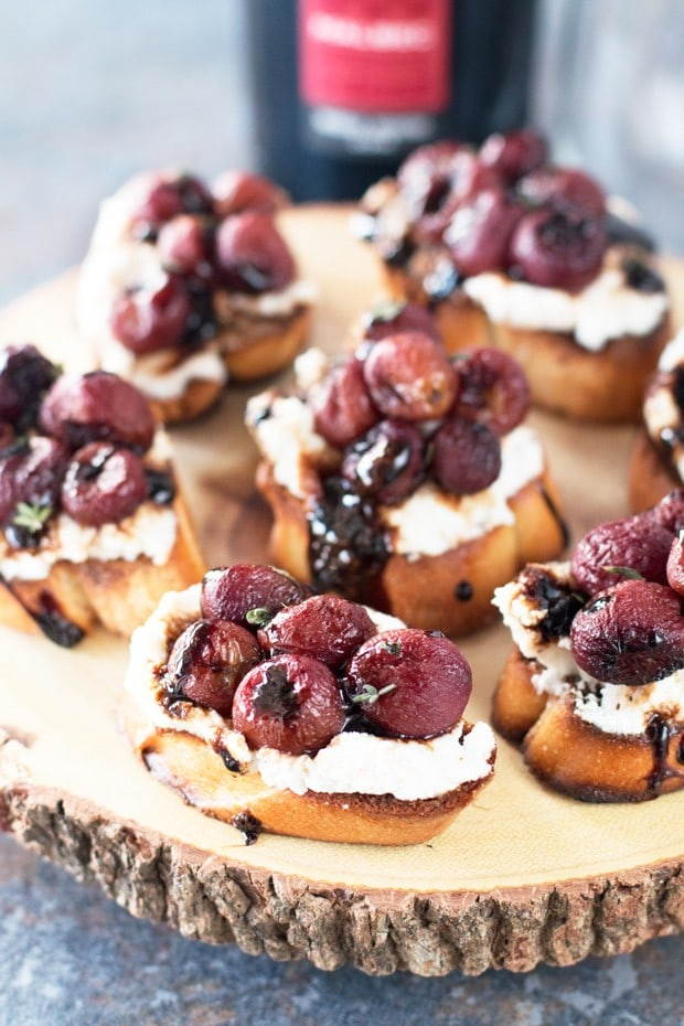 Roasted Grape & Balsamic Crostini | cakenknife.com