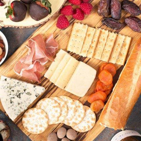 How to Build The Ultimate Valentine's Day Cheese Board