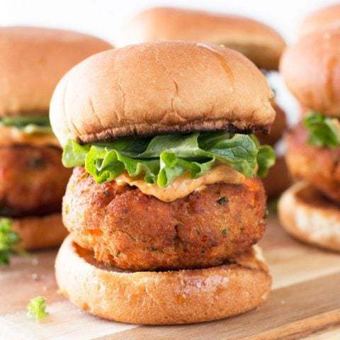 Salmon Cake Sliders with Spicy Mayo