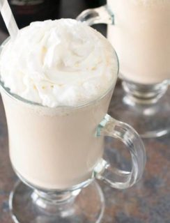 Bailey's Irish Coffee Shake | cakenknife.com