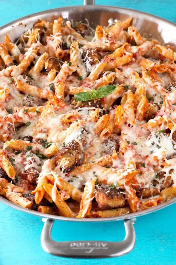 Chicken-Parmesan-Pasta-Skillet-Graphic-2