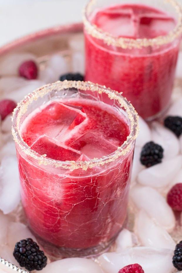 Mixed Berry Margarita | cakenknife.com
