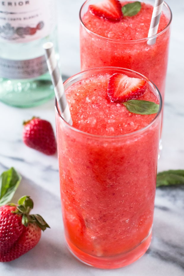 Strawberry Basil Frozen Daiquiris | cakenknife.com