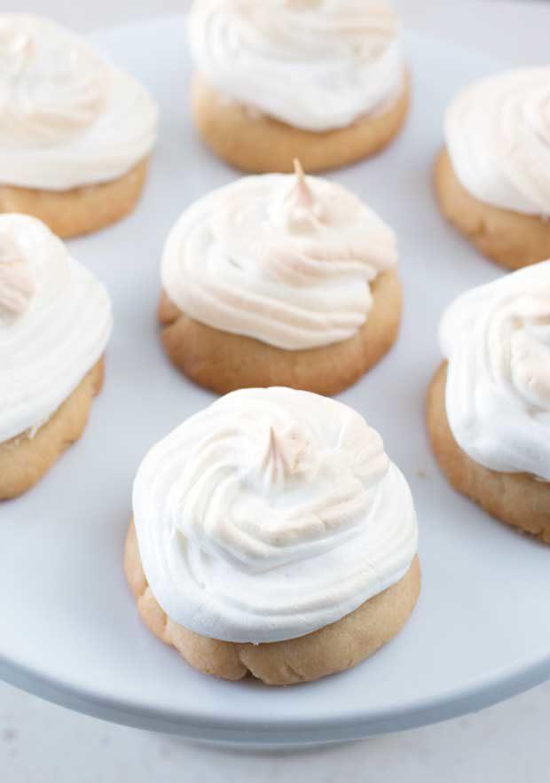 Lemon Meringue Cookies | cakenknife.com