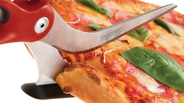 Perfect Garlic Agave Pizza Crust + a Dreamfarm Giveaway!   cakenknife.com