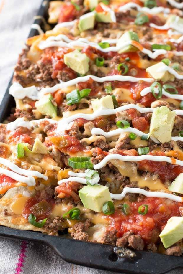 Loaded Nachos (Extra Spicy!} | cakenknife.com