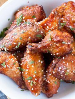 Grilled Honey Sriracha Wings | cakenknife.com