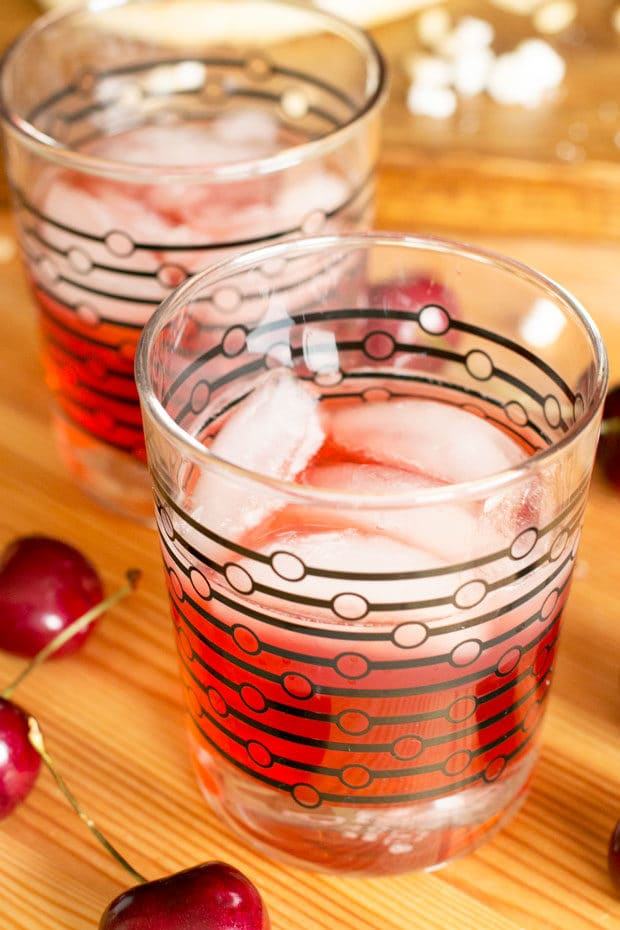 Very Cherry Amaretto Sour | cakenknife.com