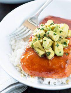 Sriracha Glazed Salmon with Asian Avocado Salsa | cakenknife.com