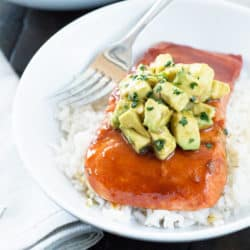 Sriracha Glazed Salmon with Asian Avocado Salsa | cakenknife.com