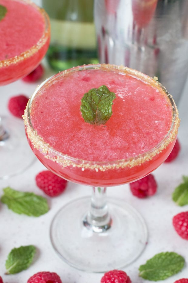 Raspberry Mint Sparklers | cakenknife.com