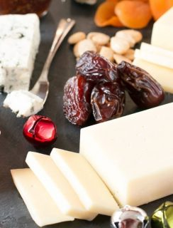 Very Merry Christmas Cheese Board | cakenknife.com