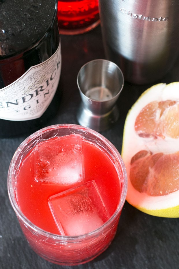 Pomelo Grapefruit Negroni | cakenknife.com