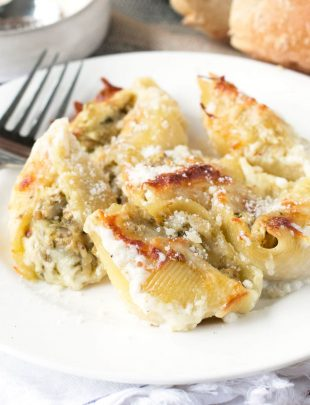 Chicken Avocado Pesto Stuffed Shells | cakenknife.com