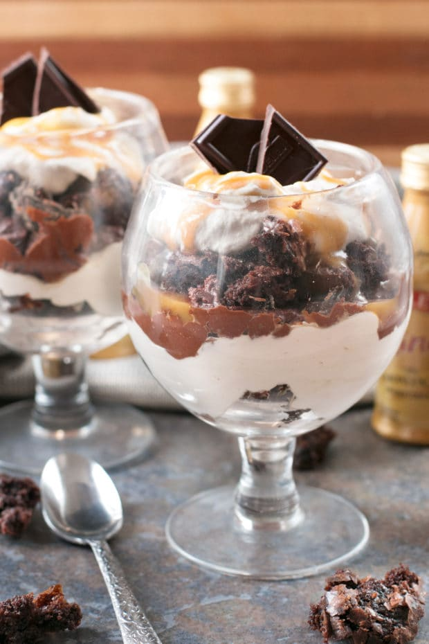 Bailey's Chocolate Mousse Brownie Parfaits | cakenknife.com #dessert #chocolate