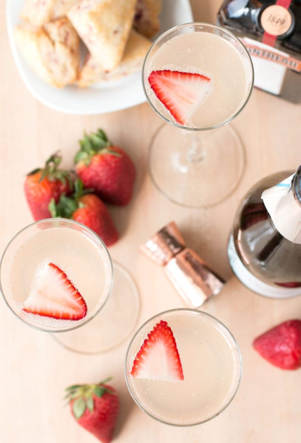 Strawberry Rhubarb Champagne Cocktail | cakenknife.com #spring #drink #brunch