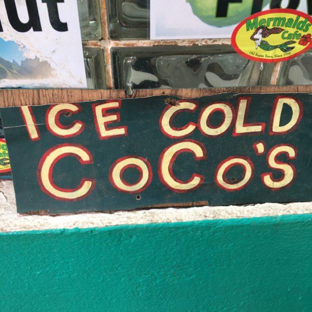 48 Hour Foodie Guide: Kauai | cakenknife.com #travel #hawaii #food #drink #tropical