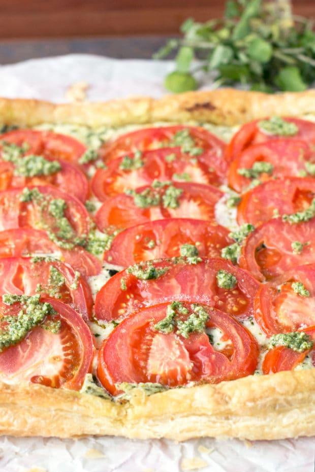 Roasted Tomato, Whipped Herb Ricotta & Watercress Pesto Tart | cakenknife.com #summer #appetizer #easy
