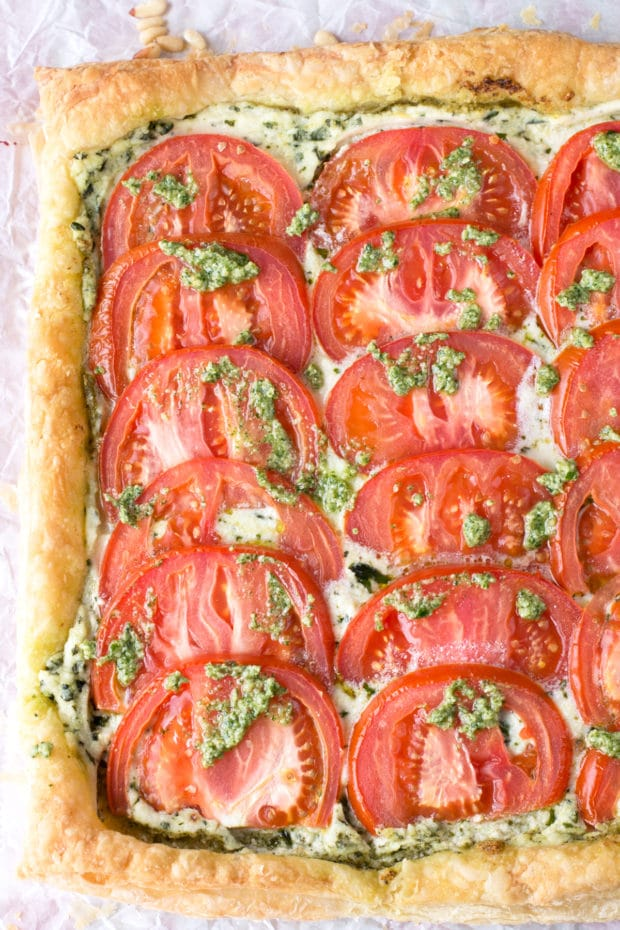Roasted Tomato, Whipped Herb Ricotta & Watercress Pesto Tart | cakenknife.com #summer #appetizer #easy