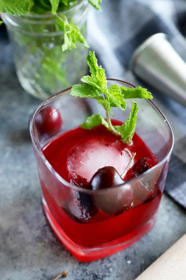 Cherry smash cocktail image