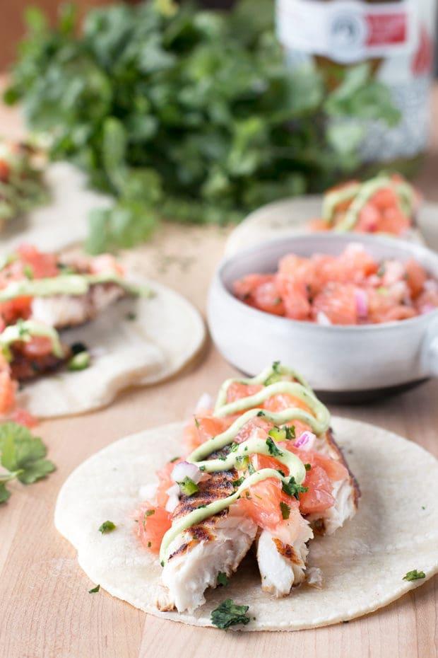 Grilled Chile Vodka Fish Tacos – Cake 'n Knife