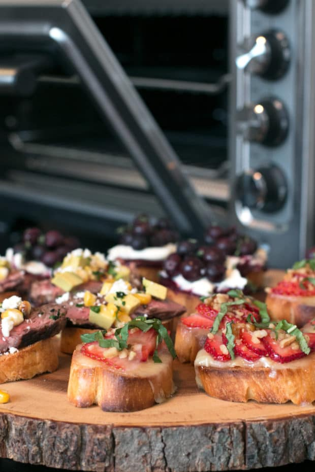 Summer Crostini 3 Ways | cakenknife.com #summer #party #appetizer
