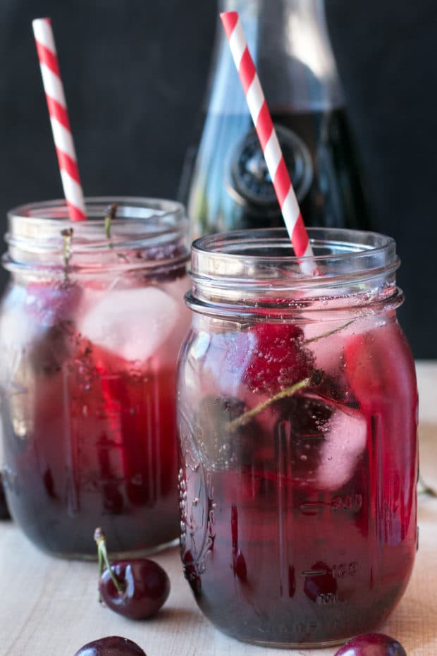 Tart Cherry Fizz | cakenknife.com #cocktail #happyhour