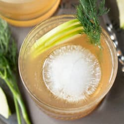 Whiskey Apple Ginger Fizz | cake knife.com #cocktail #happyhour #whiskey